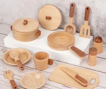 כלי מטבח מעץ למשחק